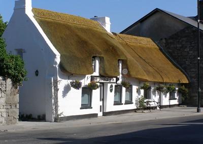 Thatch Pub, Oranmore